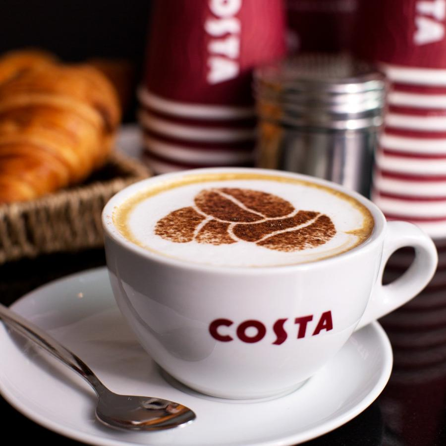 Costa coffee - The best time of the day to drink coffee as a student - Magnet.me blog en
